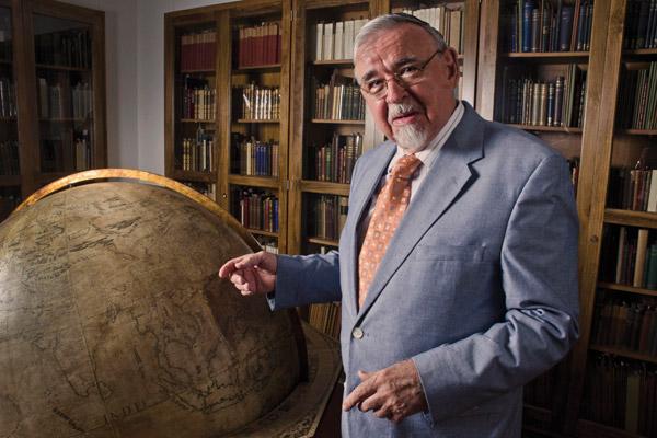 Karl Butzer with Harry Ransom Center's Coronelli Terrestrial Globe