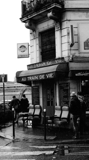 Au Train de Vie, Paris, France, October 2012.