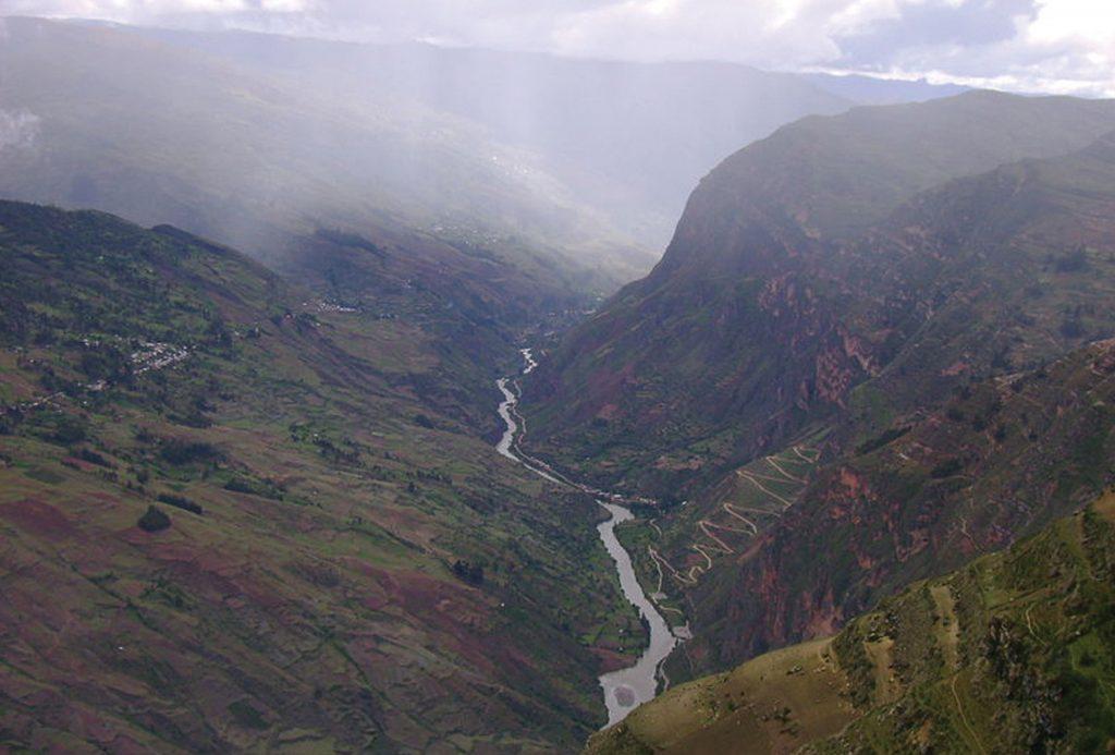 Photo of the Marañón River and Cochapata bends.