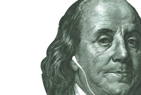 Benjamin Franklin with ear pods in his ears.