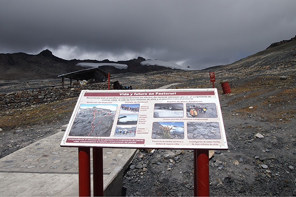 A sign explains effects of recent glacier recession at Pastoruri, 2014. Photo by Kenneth Young.