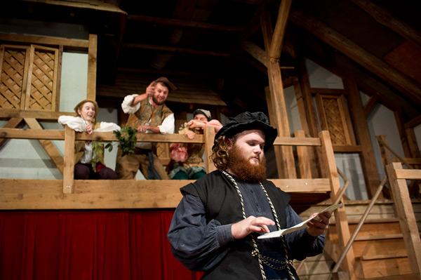 Performance of Twelfth Night, July 2015. Photo: Mark Metts