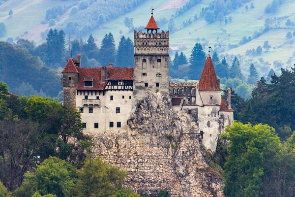 How To Survive A Night in Dracula's Castle